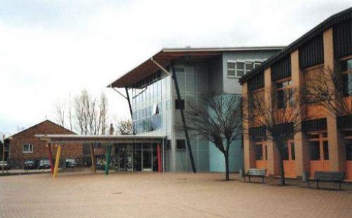 Pausenhofüberdachung Schule Nackenheim bei Mainz